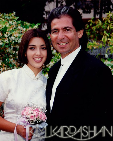 Robert Kardashian and daughter Kim Kardashian when she was in the 8th grade