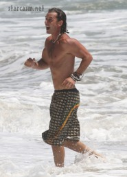 Gavin Rossdale shirtless 8-29-09