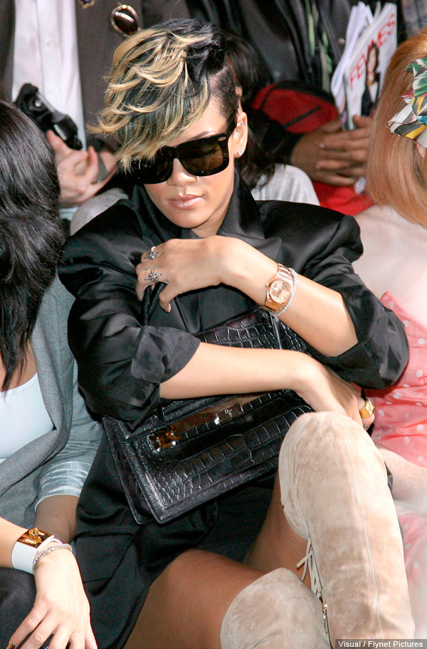 Rihanna upskirt panty shot from the Vivienne Westwood