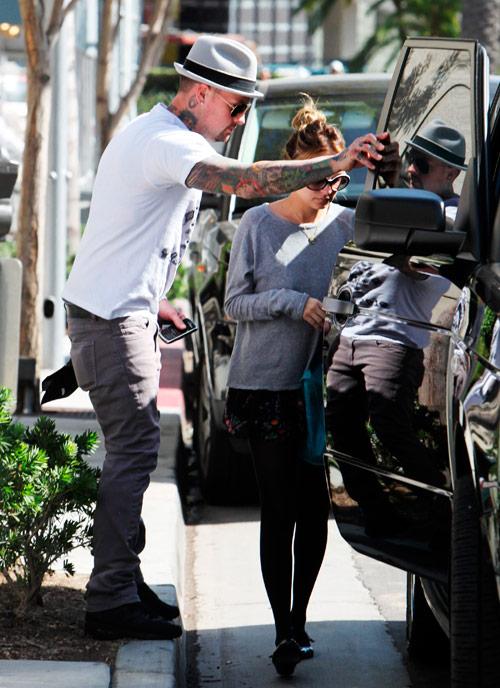 Photos Paparazzi Photographer Arrested After Nicole Richie