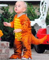 Zuma Rossdale as a dinosaur