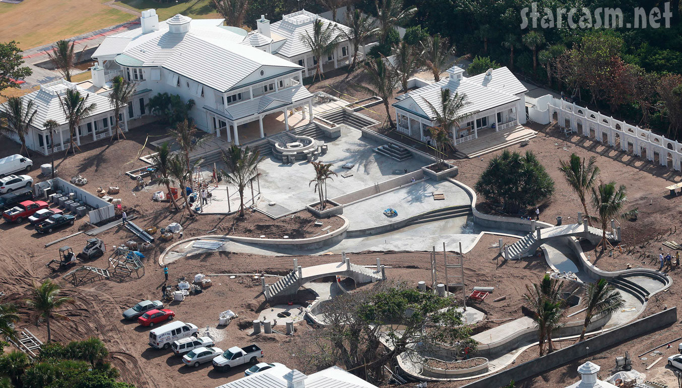 Nevada Mansion Backyard Water Park : PHOTOS Celine Dions home and backyard water park on Jupiter Island