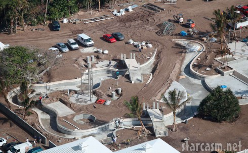 Detailed aerial photo of celine dion 39 s water park on her - Celine dion swimming pool ...