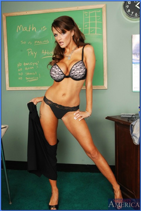 Tiger Woods got an A in Adultery 101 from teacher and mistress Joslyn James