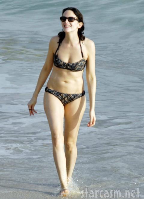 Anne Stringfield models a sexy bikini