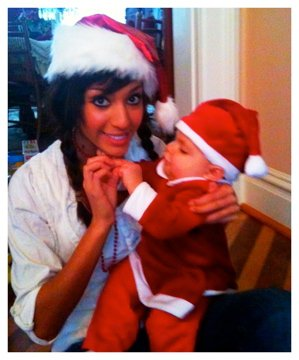 Farrah Abraham and daughter Sophia pose for a Christmas photo together