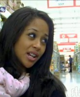 Valerie Fairman shops with her daughter at the grocery store