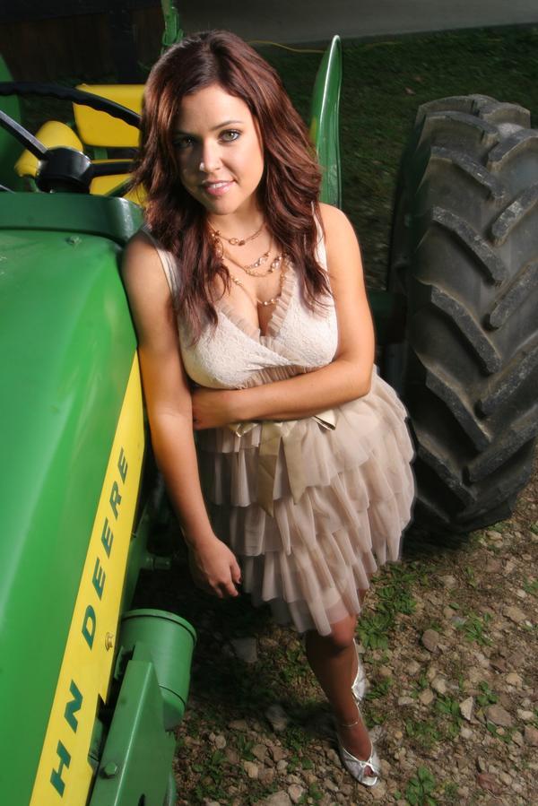 Calendario Donne E Trattori.Donne E Trattori Agricoli Pagina 13