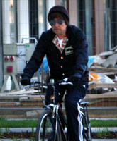 PHOTOS Bob Dylan goes bicycling in Slovakia (starcasm.net)