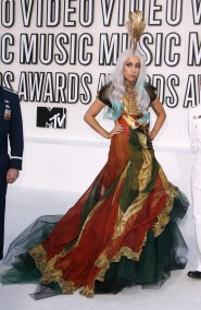 Lady Gaga at the 2010 VMAs 5