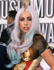 Lady Gaga at the 2010 VMAs 1