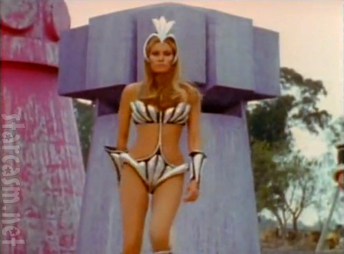 Raquel Welch Space Dance