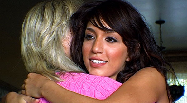 Teen Mom Farrah and mom Debra hug