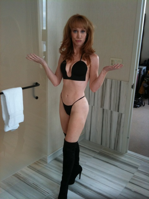 Kathy Griffin models some sexy lingerie for VH1