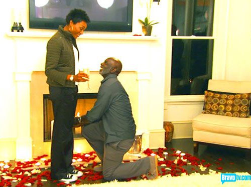 Peter Thomas proposes to Cynthia Bailey on The Real Housewives of Atlanta