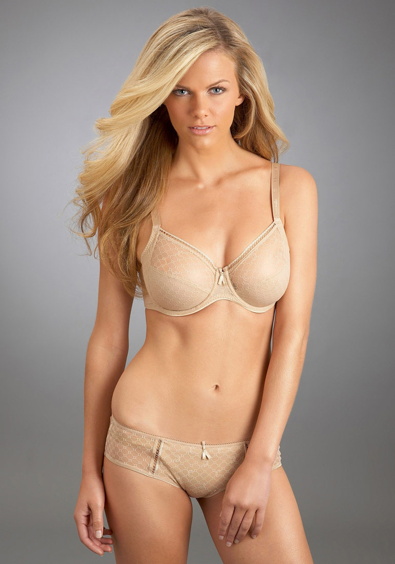 Sports Illustrated swimsuit model Brooklyn Decker in Felina Lingerie