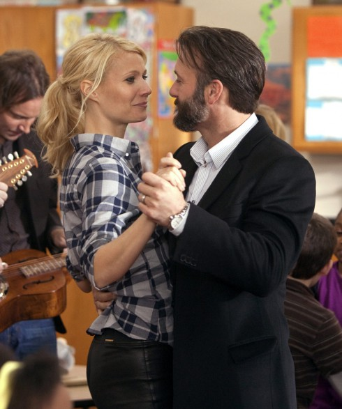 Tim McGraw and Gwyneth Paltrow from the film Country Strong