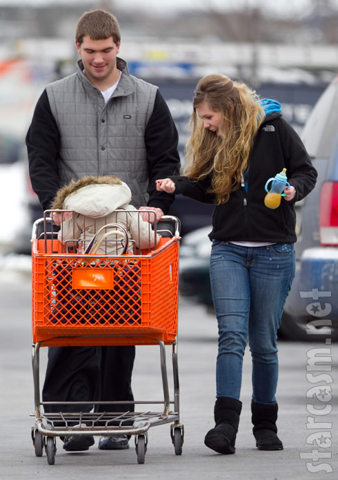 Teen Mom 2 Kail Lowry goes shopping with Isaac and her new boyfriend