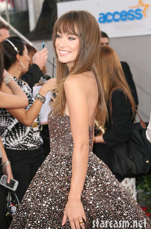 Olivia Wilde 2011 Golden Globe Awards red carpet photo