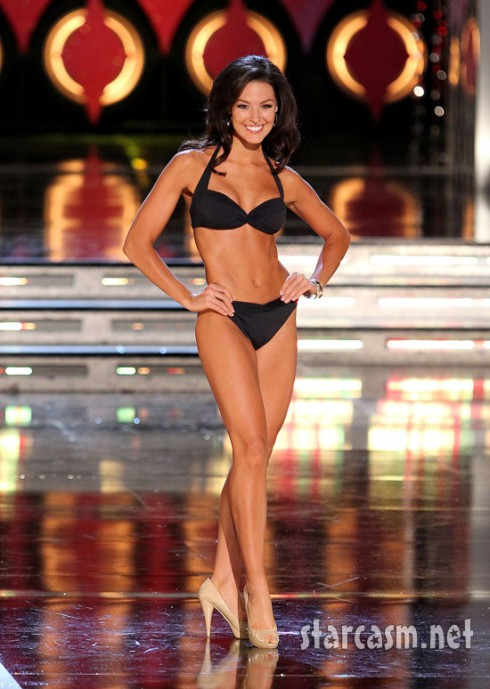 Miss Hawaii Jalee Fuselier rehearses in a bikini for the 2011 Miss America pageant.