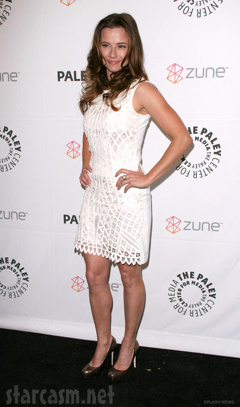 Linda Cardellini at the Freaks and Geeks Reunion during Paleyfest 2011