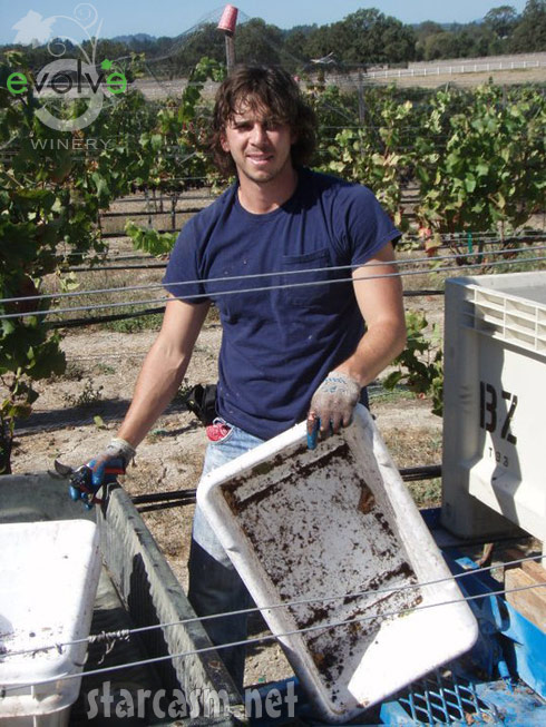 Ben Flajnik working in the Evolve Winery Sonoma California vineyard