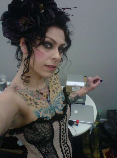 American Pickers&#039; Danielle Colby Cushman in a sexy corset