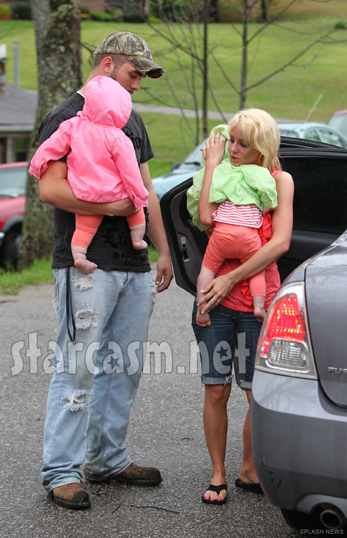 Leah Messer moves out from her home share with husband Corey Simms