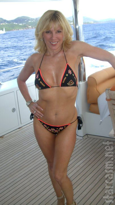 Ramona Singer bikini picture