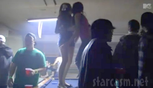 16 and Pregnant's Aubrey Akerill kisses a girl on a pool table