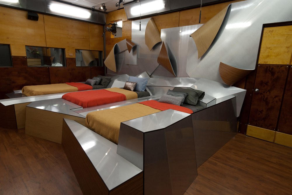 Metal And Wood Frank Gehry Bedroom From Big Brother Starcasmnet - Bizarre themed rooms