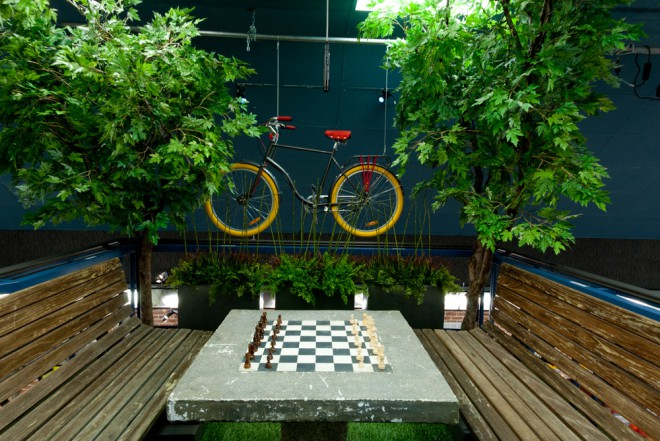 Big Brother 13 house features a zen-like picnic table chess board in the back yard