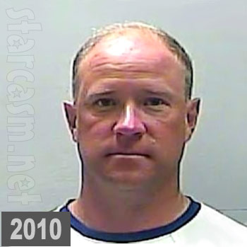 Vicki Gunvalson boyfriend Brooks Ayers mugshot photo from 2010 arrest