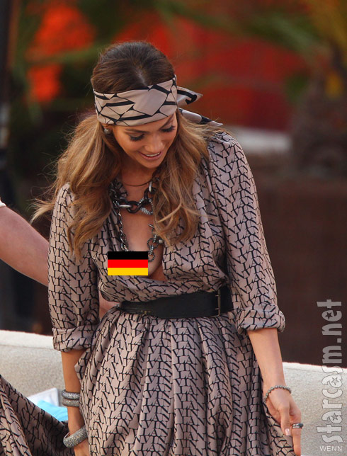 Jennifer Lopez nipple made an appearance on Wetten Dass - click for uncensored photo