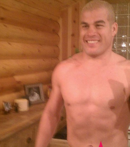 Now former-porn star Jenna Jameson's husband Tito Ortiz is getting a bit of ...