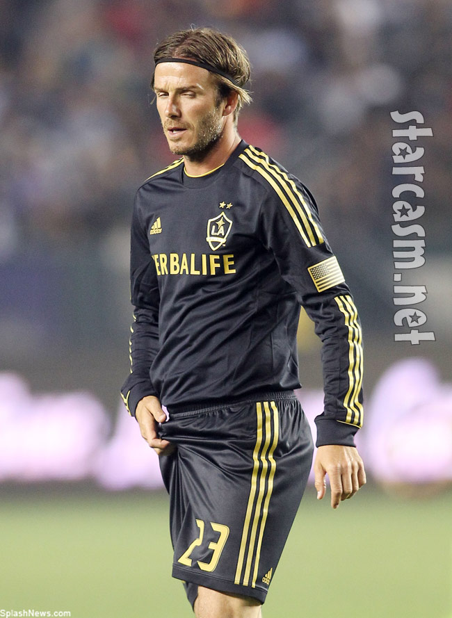 David Beckham L.A. Galaxy adjustment