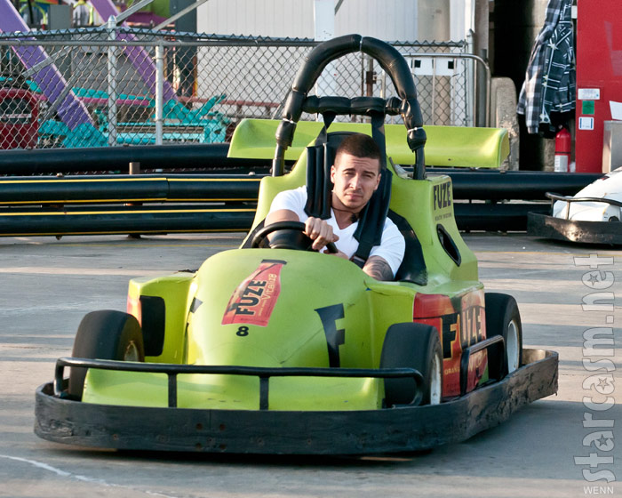 Jersey Shore's Vinny Gudagnino races go-karts in Seaside Heights