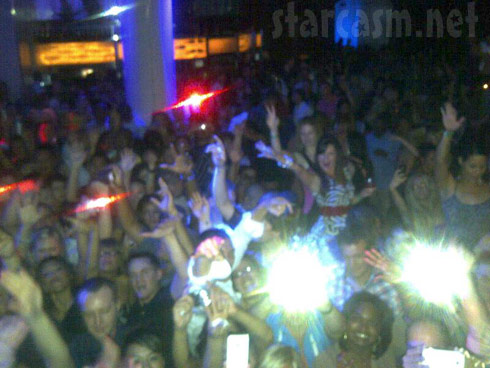 Twitter photo sahred by JWoww of her fans partying at Pure Nightclub August 26, 2011