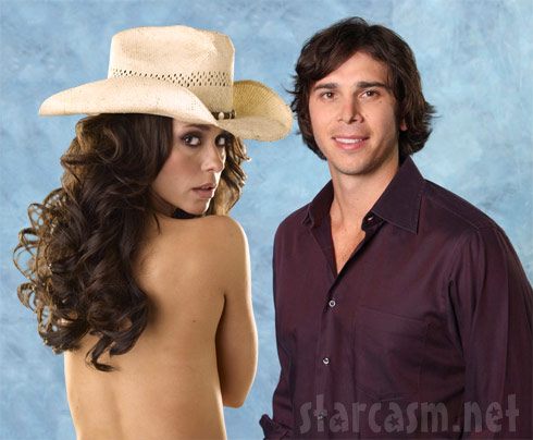 Jennifer Love Hewitt and The Bachelorette's Ben Flajnik are reportedly dating