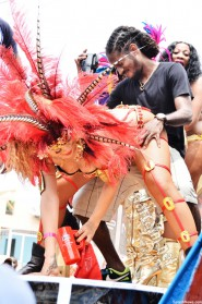 Rihanna grinds at Kadooment Day Parade