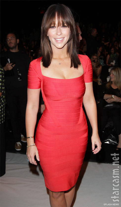 Jennifer Love Hewitt at the Project Runway finale show during Mercedes Benz Fashion Week