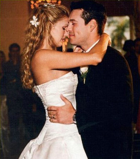 Brandi Glanville and Eddie Cibrian wedding photo from May 12, 2001
