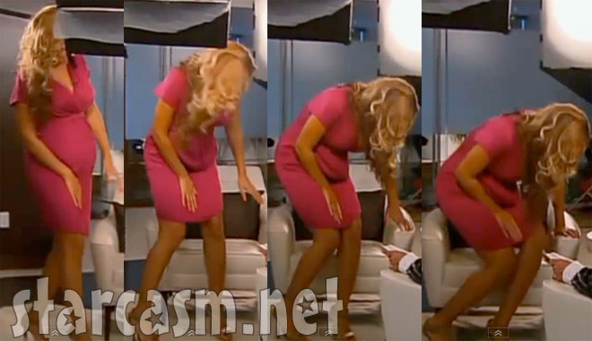 Beyonce reveals her fake prosthetic baby bump on Sunday Night HD