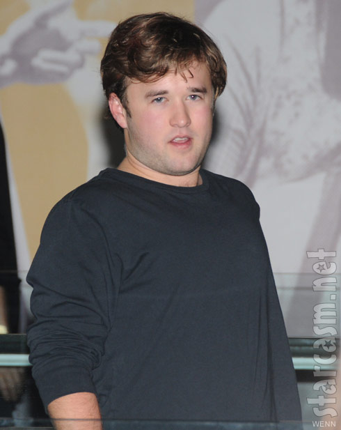 Haley Joel Osment appears to have put on weight at Red opening