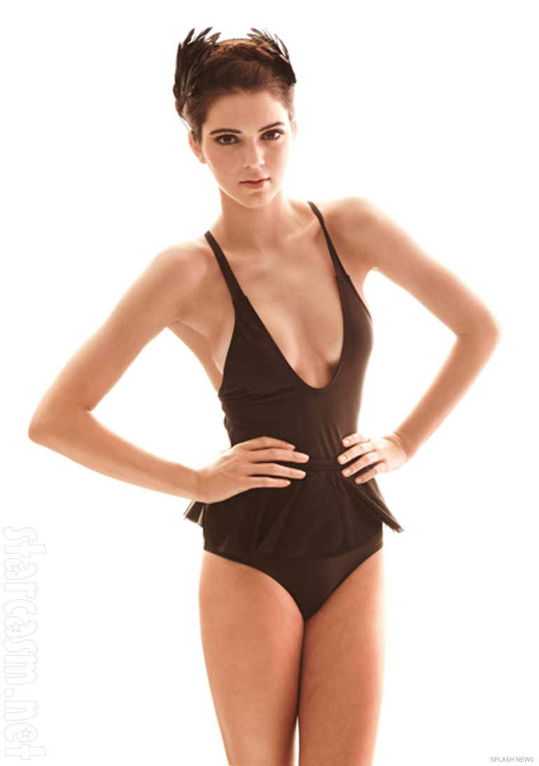 Kendall Jenner poses in a revealing swimsuit for White Sands