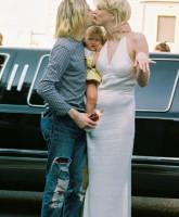 Courtney love says she would kill Kurt Cobain
