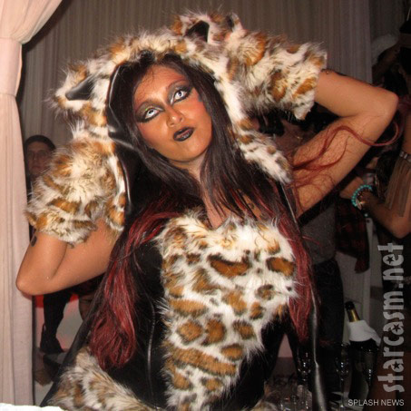 Snooki poses in her elaborate leopard Halloween costume at Pure nightclub