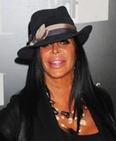 Angela-Raiola-VH1-Divas-TN