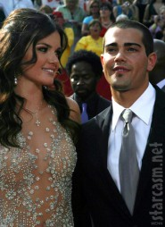 Actor Jesse Metcalfe and The Bachelor&#039;s Courtney Robertson at the 2005 EMMY Awards