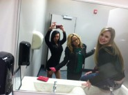 Teen Moms Jenelle and Kailyn pose with Hannah Inman in a bathroom